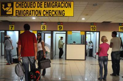 Por la nación cubana: Flexibiliza Cuba regulaciones migratorias