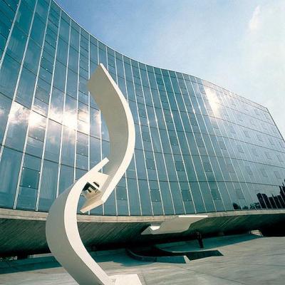Niemeyer: el genio, el futurista, el de las sensuales curvas